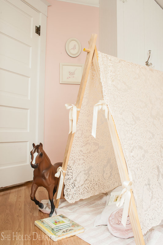 DIY Lace Tent Tutorial