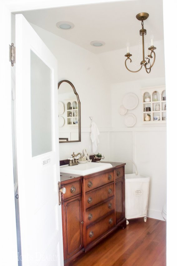 She Holds Dearly- Master Bathroom Reveal