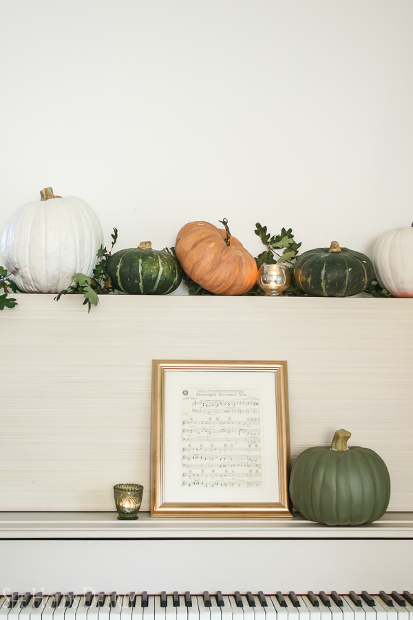 Autumn Decor Inspiration by sheholdsdearly.com