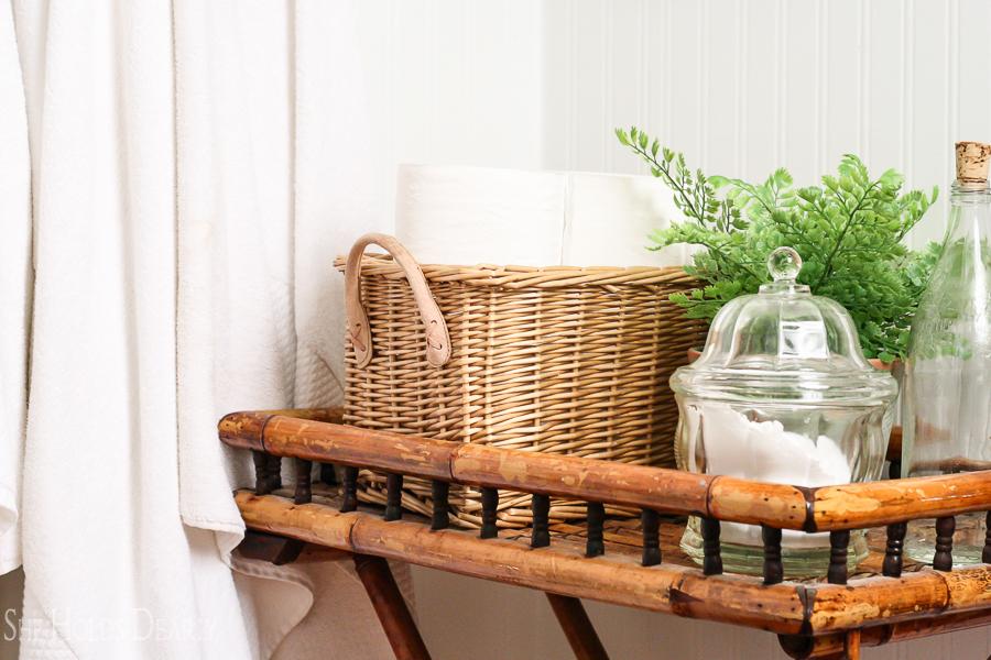 Farmhouse Bathroom Reveal