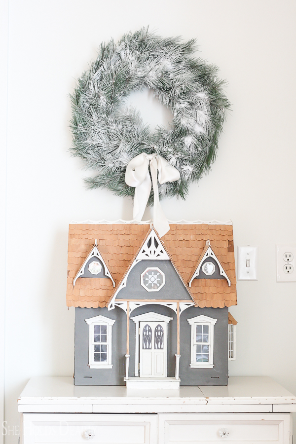 Doll House Christmas Decor by sheholdsdearly.com