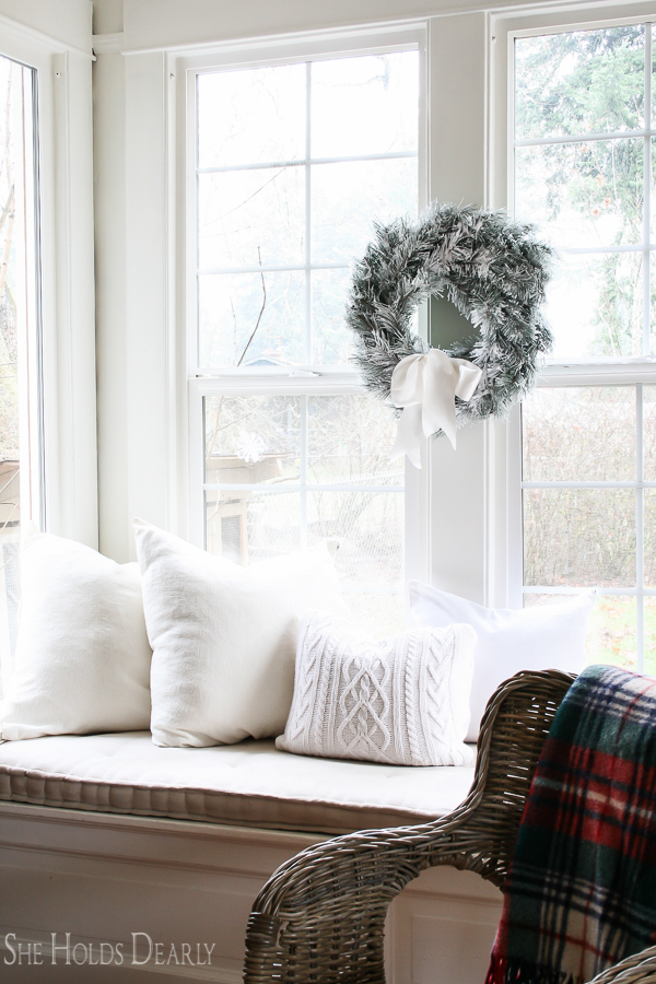 Reinventing Christmas Decor by sheholdsdearly.com