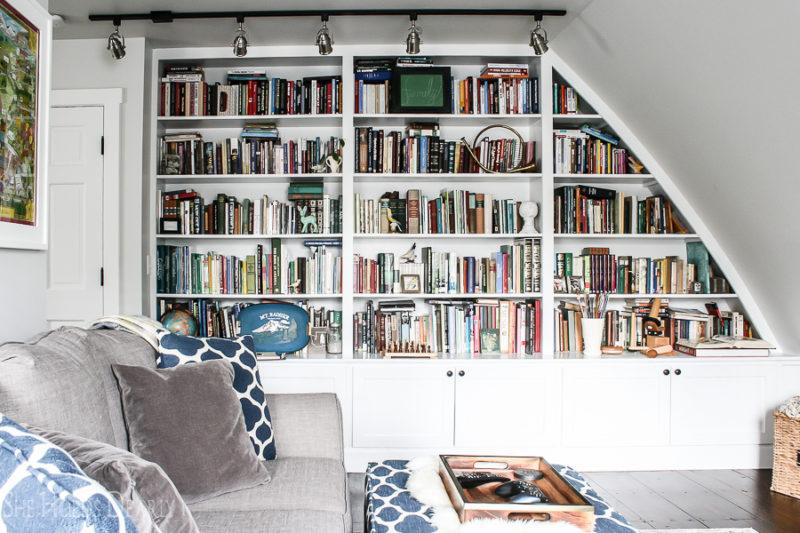 Cottage Decor Ideas Family Room by sheholdsdearly.com