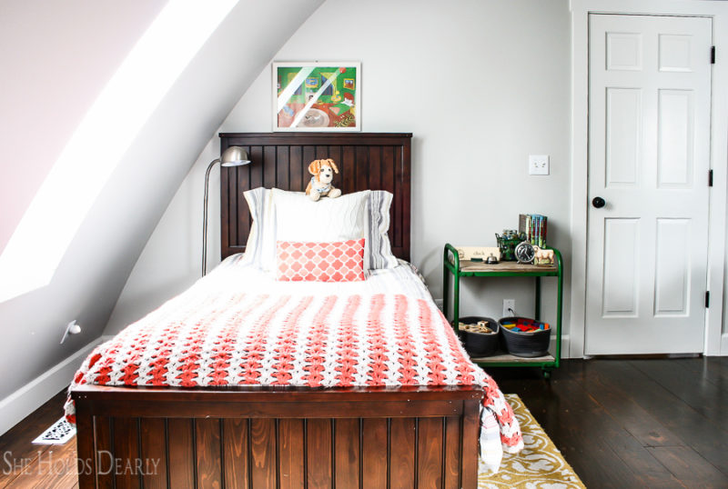 Cottage Style Boys Room by sheholdsdearly.com