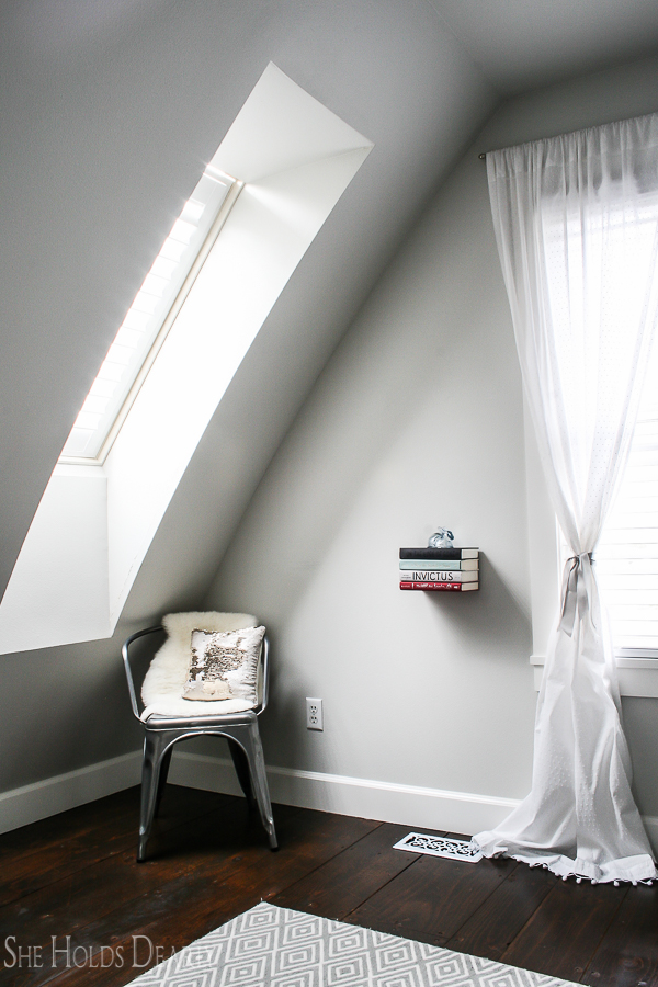 Cottage Style Girls Room by sheholdsdearly.com