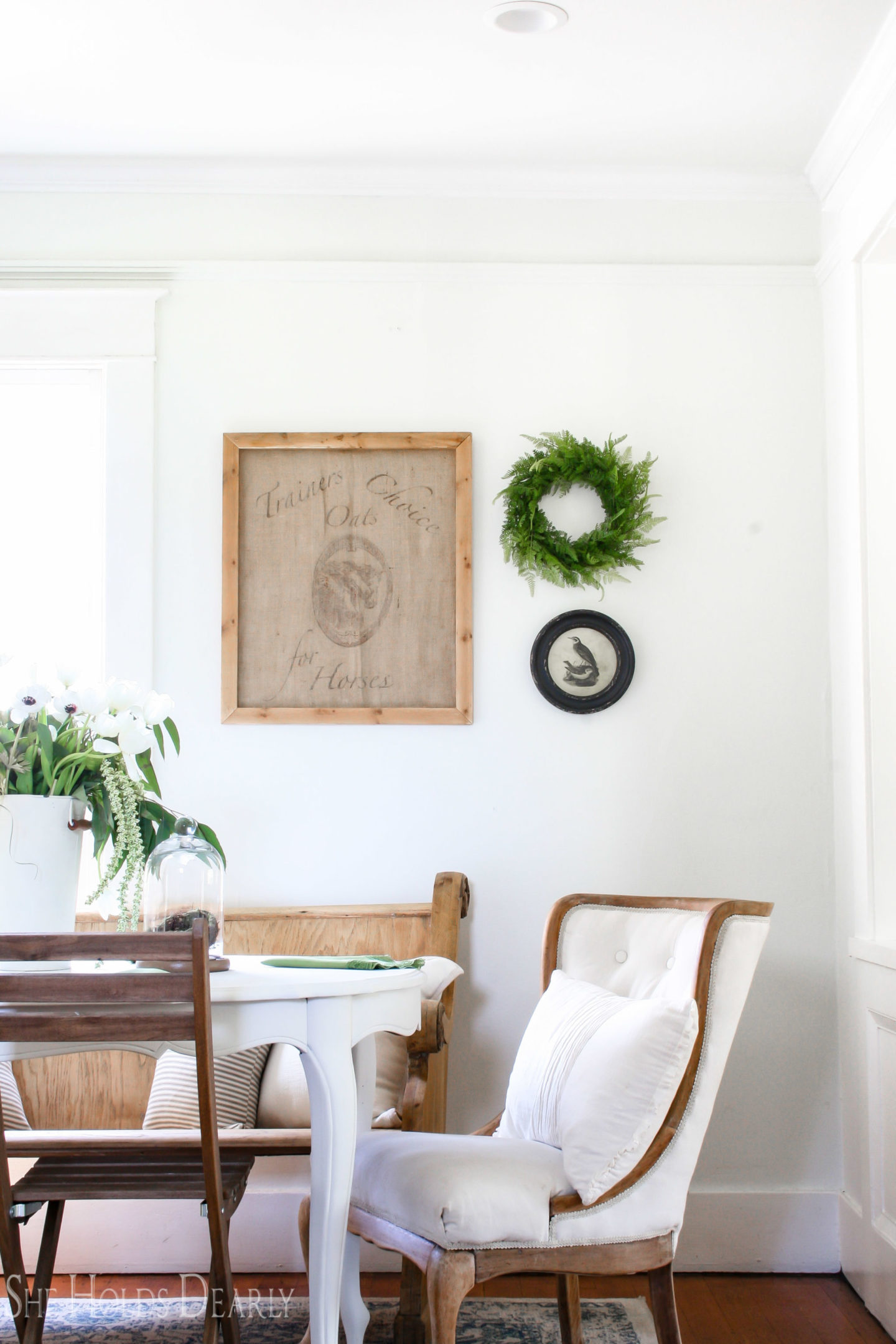 10 inexpensive framed art ideas she holds dearly