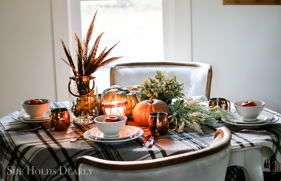 Thanksgiving Dinner Decorations by sheholdsdearly.com