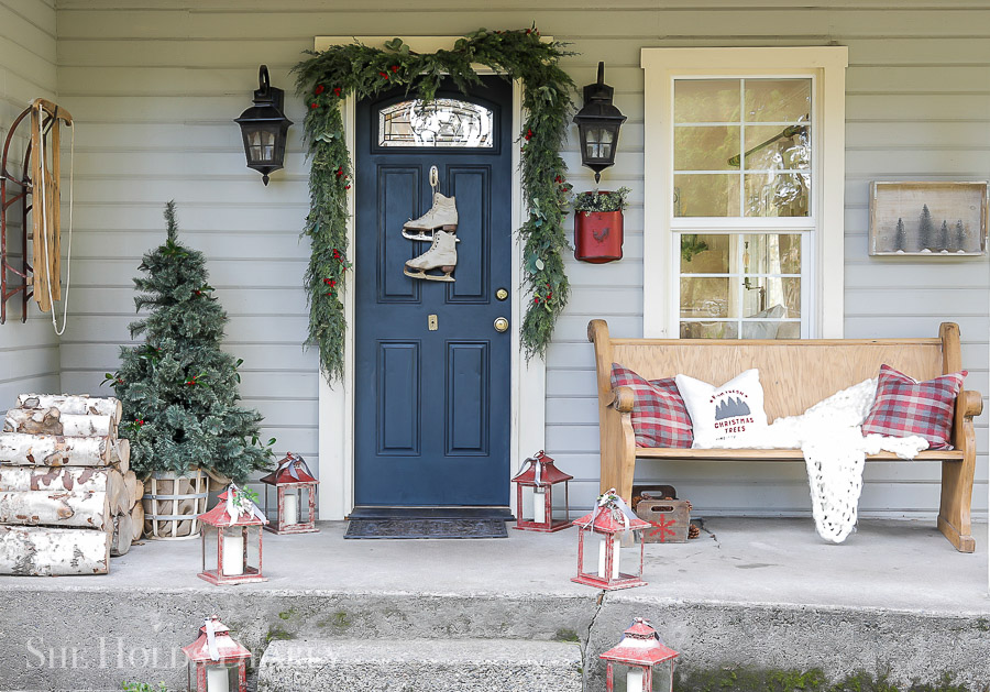 Christmas Porch Decor by sheholdsdearly.com