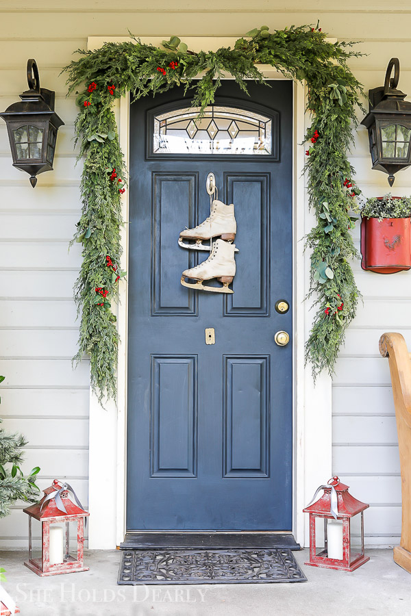 Christmas Porch Tour by sheholdsdearly.com