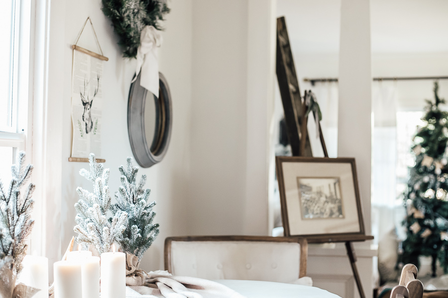 Christmas Dining Room and Kitchen Tour