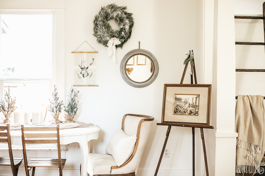 Christmas Dining Room by sheholdsdearly.com