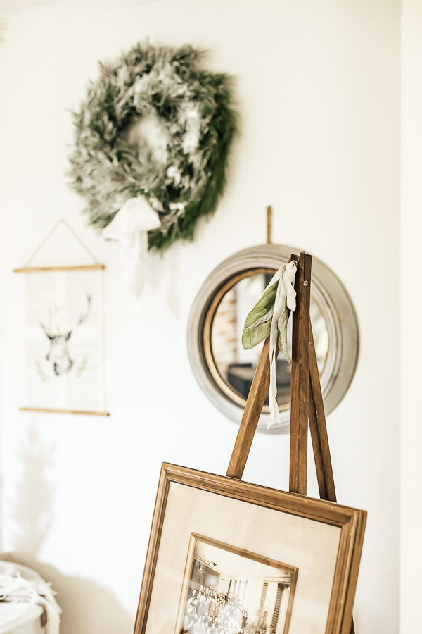 Home Tour Christmas Decor by sheholdsdearly.com