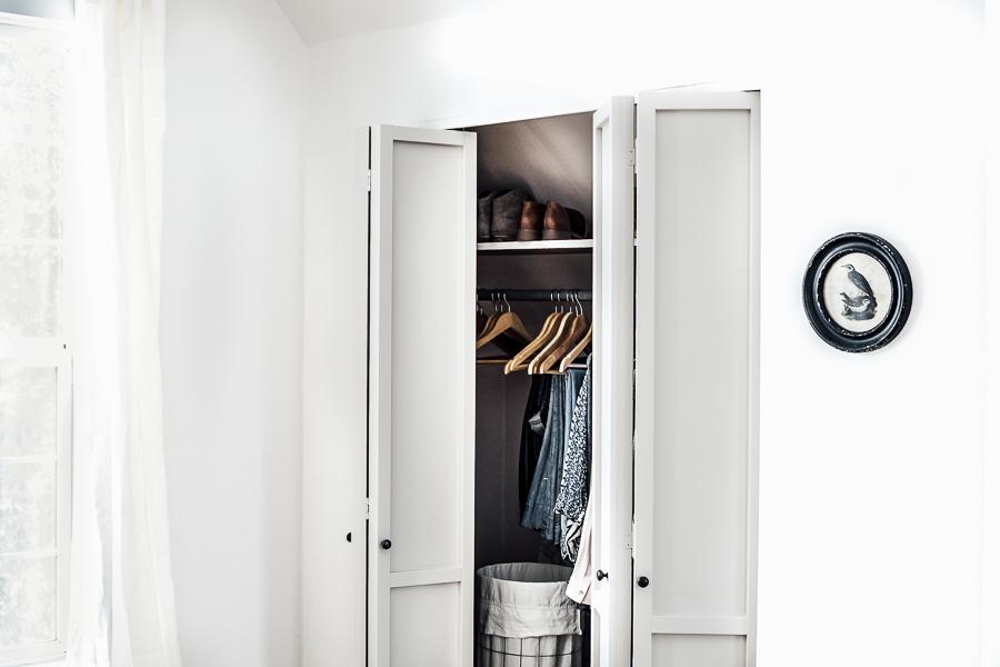 Upcycled Bifold Closet Door DIY by sheholdsdearly.com
