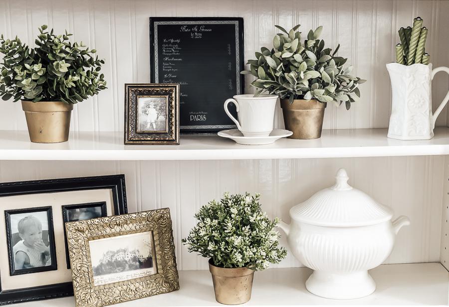 How to Style a Bookshelf by sheholdsdearly.com