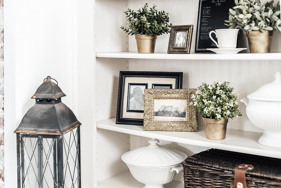 Styling Shelves by sheholdsdearly.com