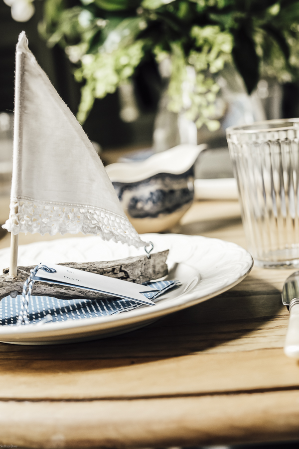 Summer Place Setting Ideas by sheholdsdearly.com