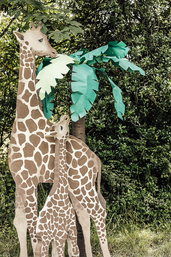 Safari Party Decorations by sheholdsdearly.com