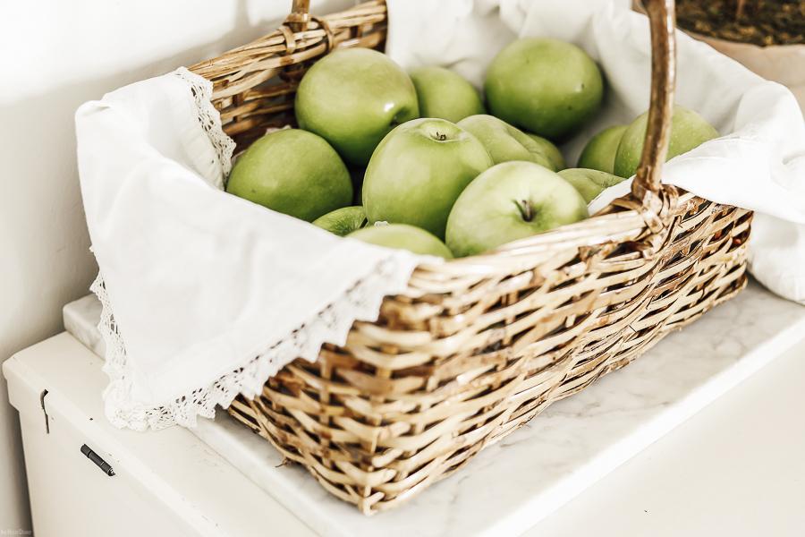 Apple Pie Filling by sheholdsdearly.com