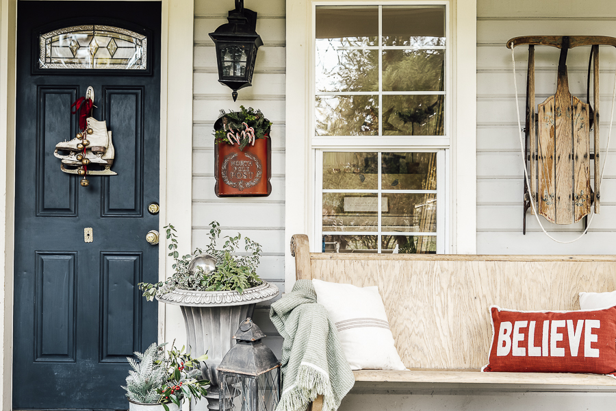 Christmas Porch Ideas by sheholdsdearly.com