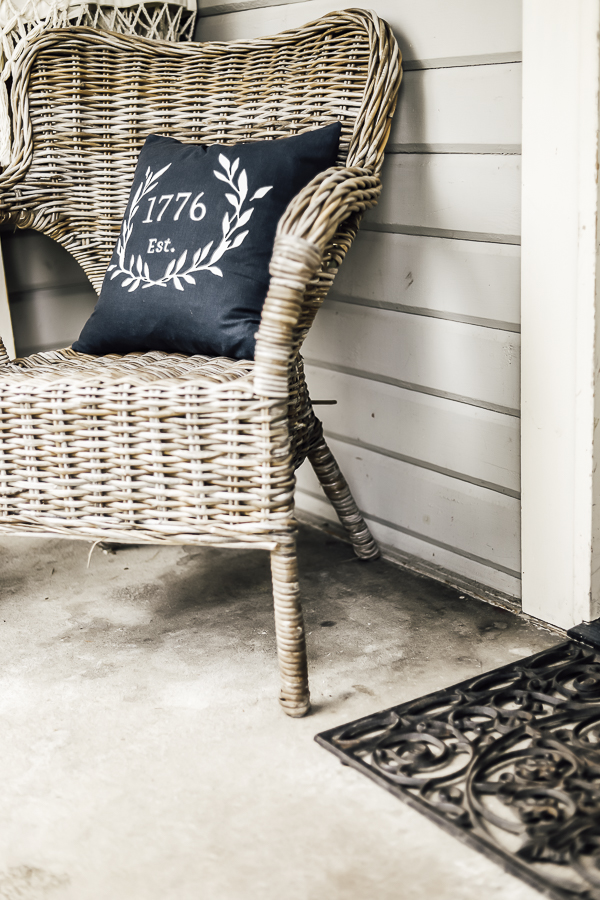 Farmhouse Summer Porch by sheholdsdearly.com