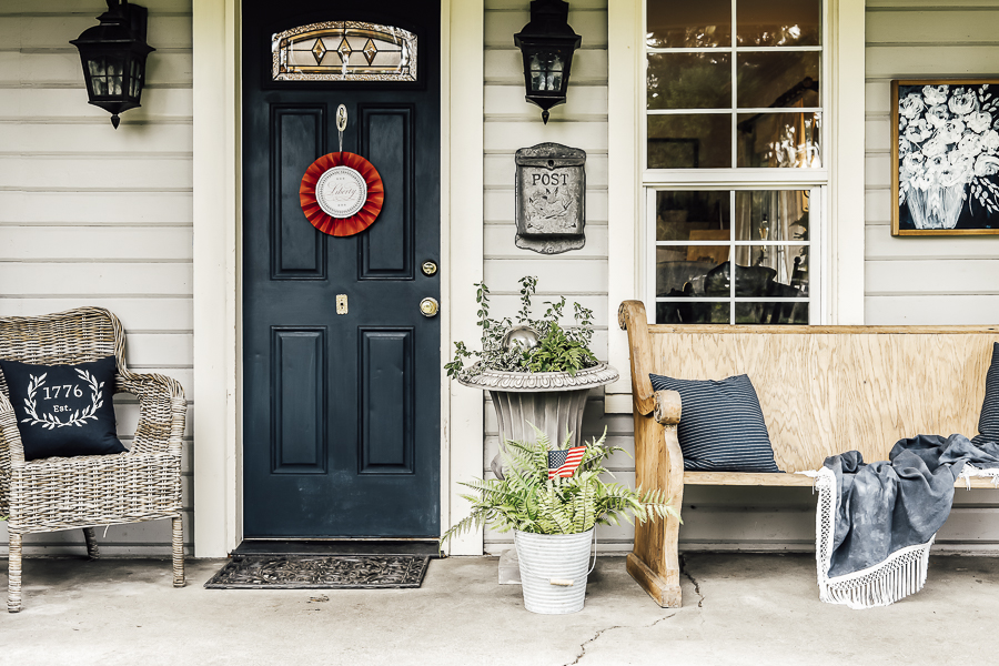 Patriotic Porch Decor Ideas by sheholdsdearly.com