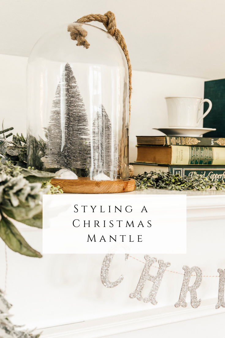 Styling a Christmas Mantle by sheholdsdearly.com