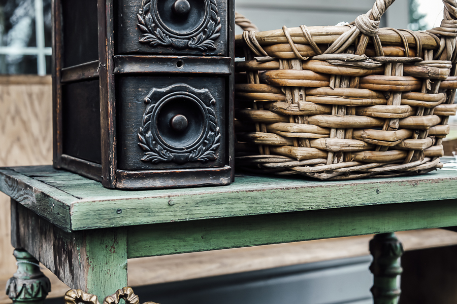 Antique Hunting Tips by sheholdsdearly.com