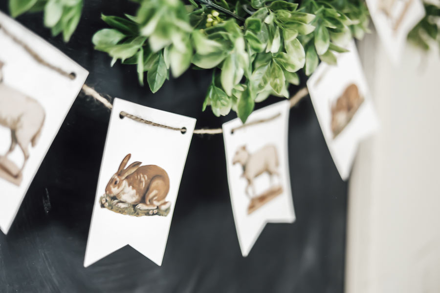 DIY Easter Bunting by sheholdsdearly.com