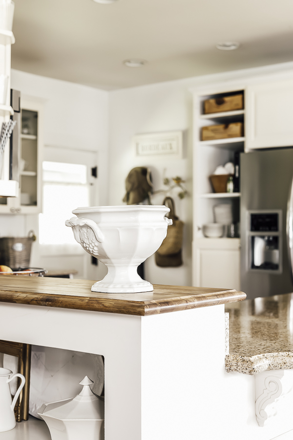 Fixer Upper DIY Kitchen Renovation by sheholdsdearly.com