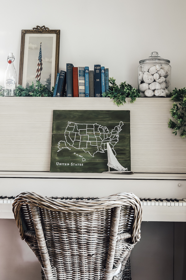 Make Your Own USA Map Sign by sheholdsdearly.com