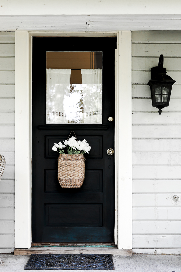 Front Door Farmhouse by sheholdsdearly.com