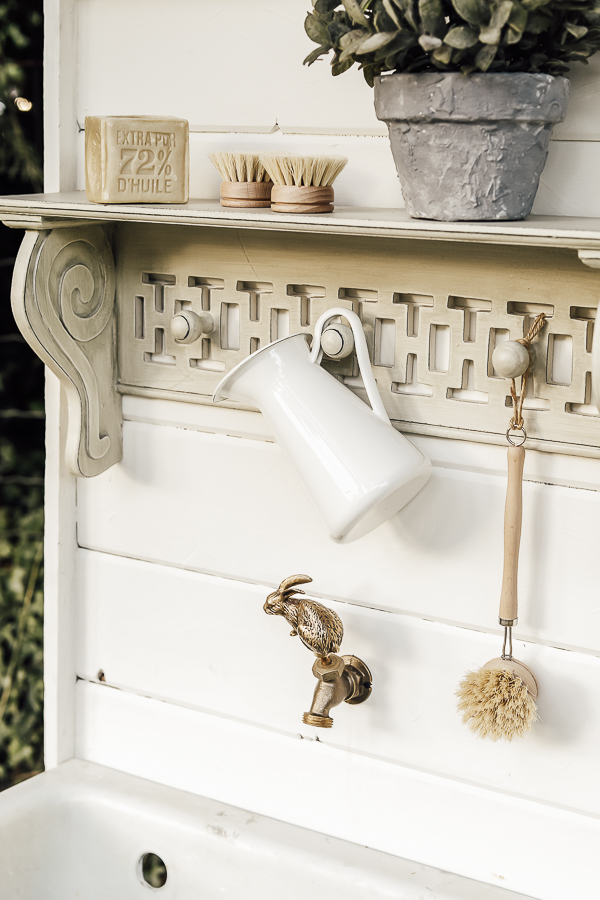 Uses for Old Porcelain Sink by sheholdsdearly.com