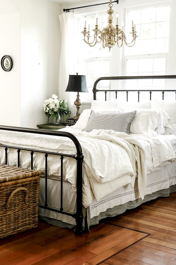 Are White Sheets Worth it by sheholdsdearly.com