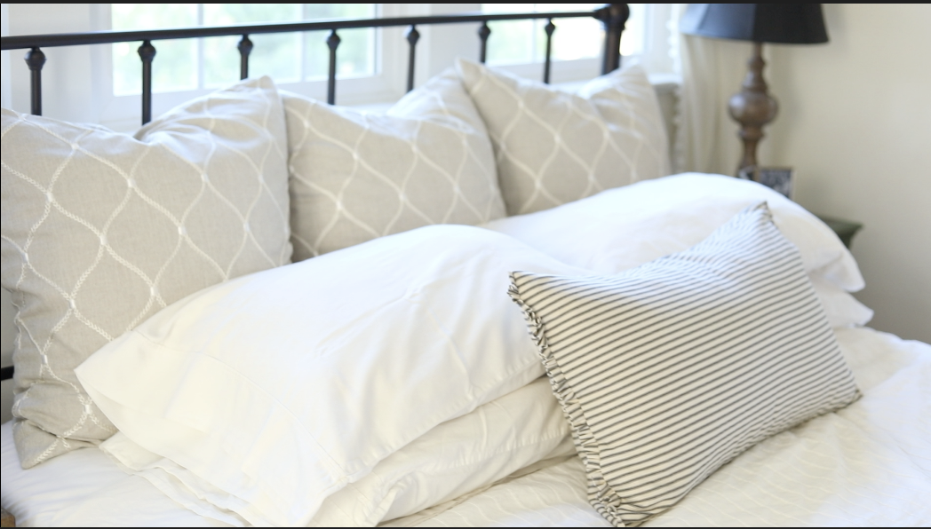 formula for styling bed pillows she