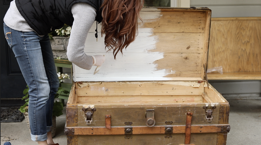 Clean Old Steamer Trunk by sheholdsdearly.com