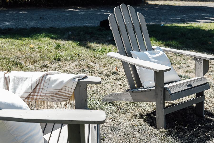 Ideas for a Backyard Fire Pit by sheholdsdearly.com