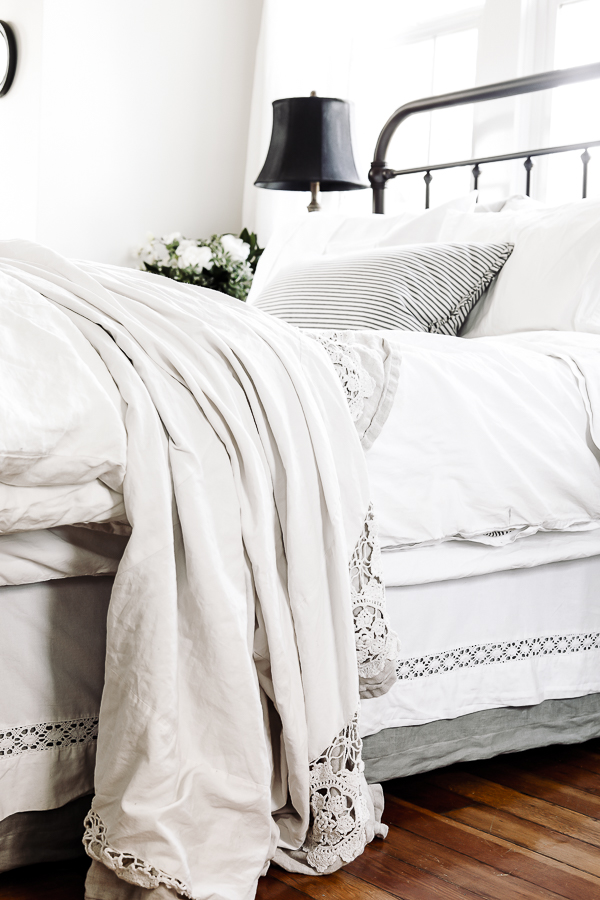 Farmhouse Master Bedroom Bedding by sheholdsdearly.com