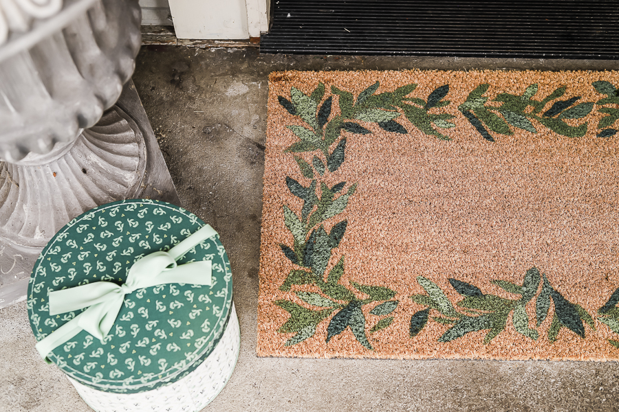 DIY Doormat for Front Porch by sheholdsdearly.com