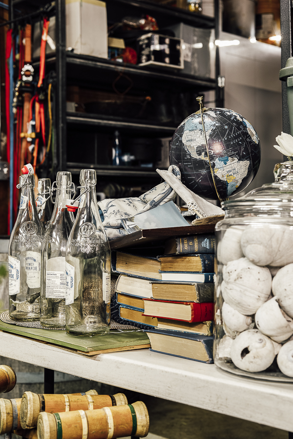 How to Organize, Pack and Store your Holiday Decorations by sheholdsdearly.com